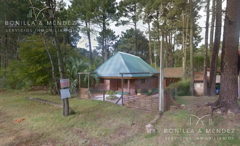 Foto Casa en Alquiler temporario en  Portales,  Piriápolis  Calle 4 casi Ellauri