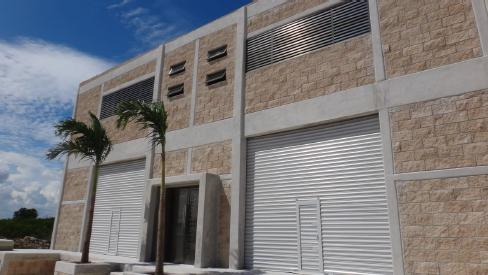 Foto Bodega Industrial en Renta en  Fraccionamiento El Pedregal,  Banderilla  BODEGAS SANTANA