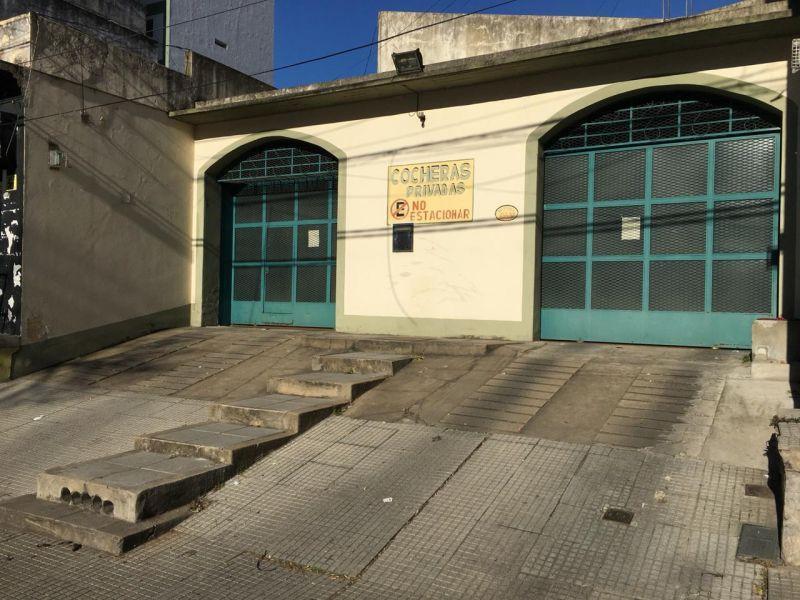 Foto Cochera en Venta en  Boca ,  Capital Federal  NECOCHEA 600