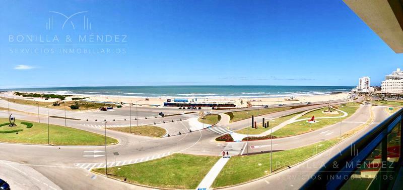 Foto Apartamento en Venta en  Playa Brava,  Punta del Este  Rambla Brava y Parada 1