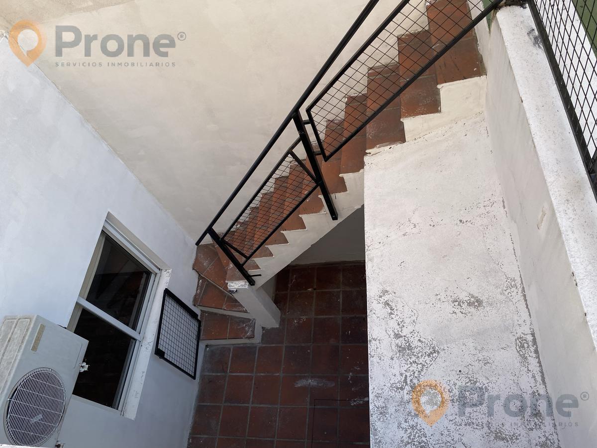Foto PH en Venta en  Centro,  Rosario  Pellegrini al 1500 Pasillo NO PH con Terraza Exclusiva