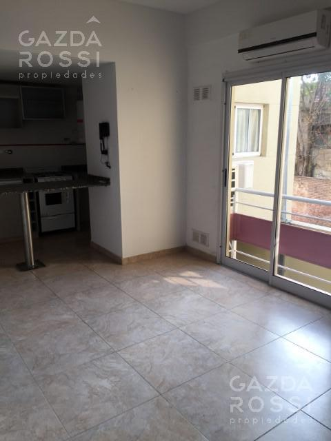 Foto Departamento en Venta en  Lomas De Zamora ,  G.B.A. Zona Sur  Castelli  737