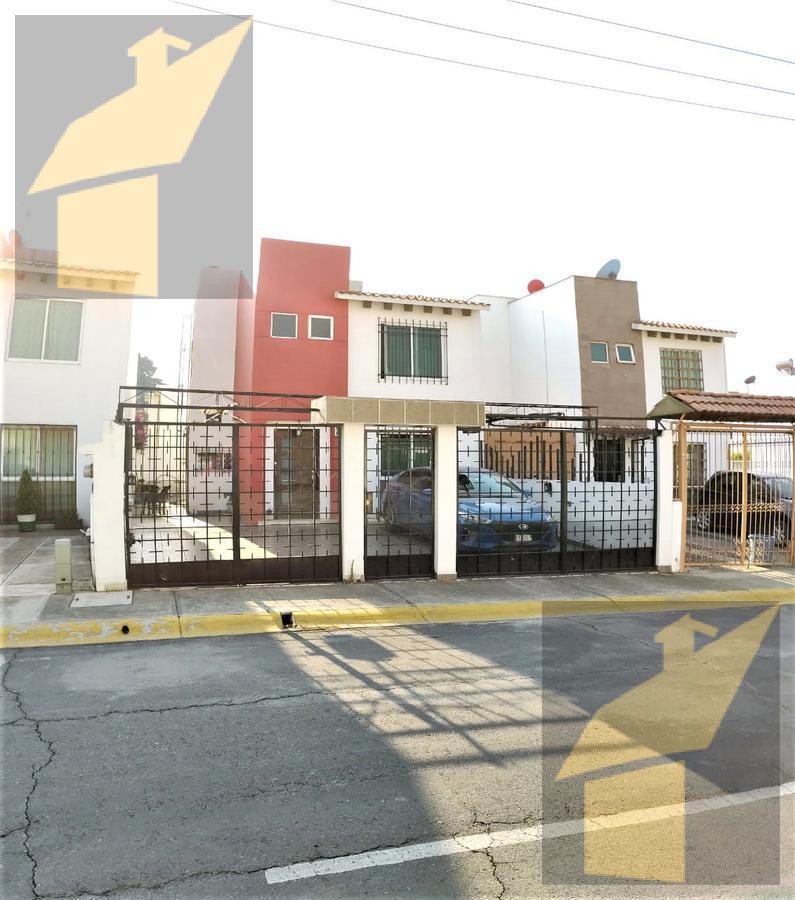 Foto Casa en condominio en Venta en  San Bartolomé Tlaltelulco,  Metepec  San Bartolomé Tlaltelulco