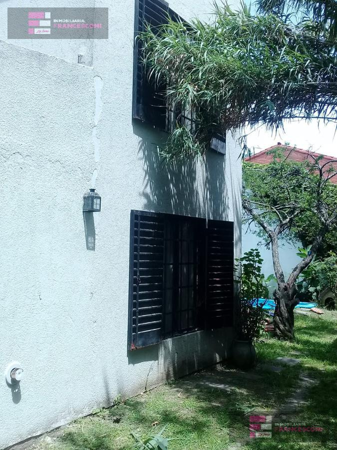 Foto Casa en Venta en  Manuel B Gonnet,  La Plata  11 esq 496