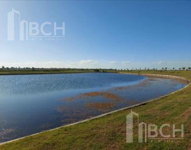 Foto Terreno en Venta en  Costas,  Puertos del Lago  Lote a la laguna en venta en el barrio Costas - Puertos del Lago - Escobar
