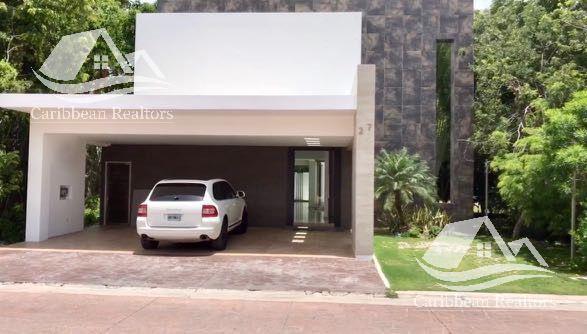 Foto Casa en Renta en  Residencial Cumbres,  Cancún  Casa en venta en Cumbres Cancún
