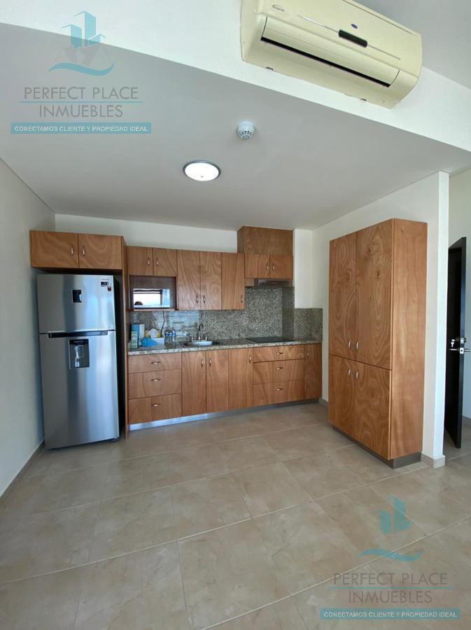 Foto Departamento en Renta en  Residencial La Española,  Monterrey  PENTHOUSE EN RENTA EN TORRE ICONOS, MONTERREY, N.L.