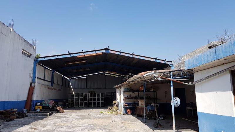 Foto Bodega Industrial en Venta en  Moderna,  Monterrey  Bodega en Venta