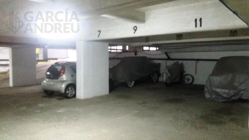 Foto Cochera en Venta en  Pichincha,  Rosario  Brown 2500