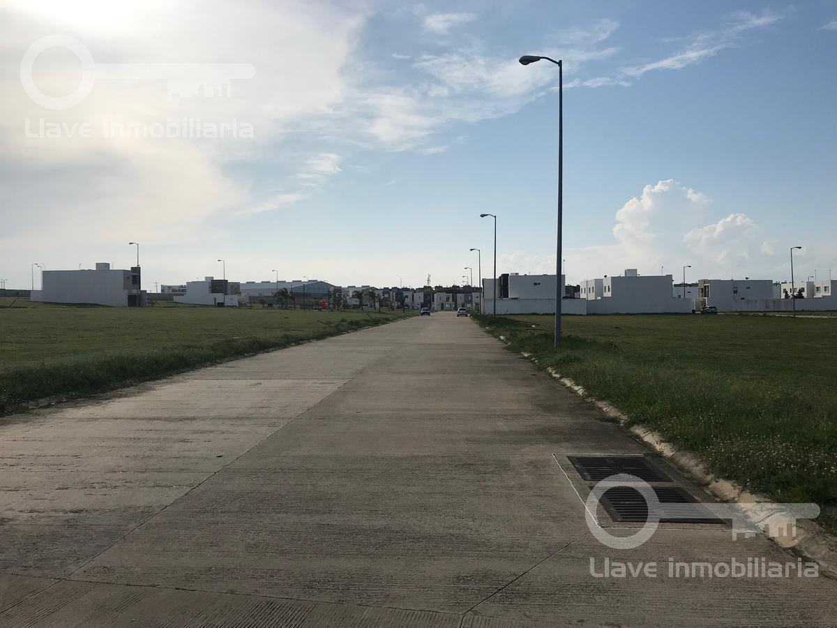 Foto Terreno en Venta en  Coatzacoalcos ,  Veracruz  Terreno en Venta, Mar Blanco esq. Mar de Cortés, Fracc. La Jolla
