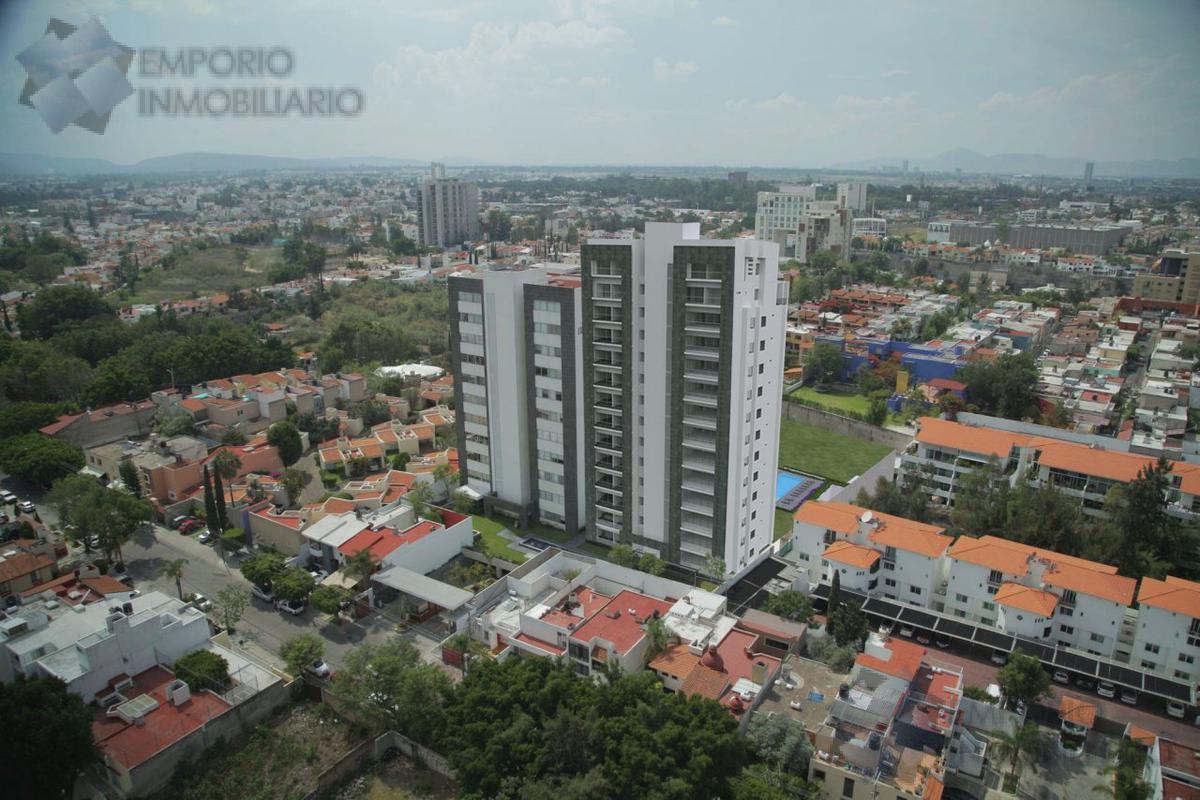 Foto Departamento en Venta en  Conjunto habitacional Lomas Altas,  Zapopan  Departamento Venta Livorno Corner Flat $5,912,000 A386 E2