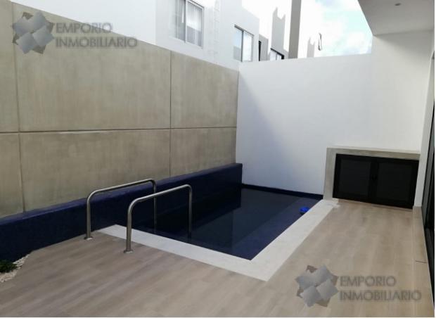 Foto Casa en Renta en  Fraccionamiento El Pedregal,  Banderilla  Residencia de Lujo Renta Fracc. Acqua $30,000 Giovil ERM1