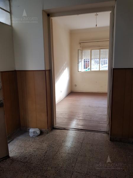 Foto PH en Venta en  Lomas de Zamora Oeste,  Lomas De Zamora  Manuel Castro 115