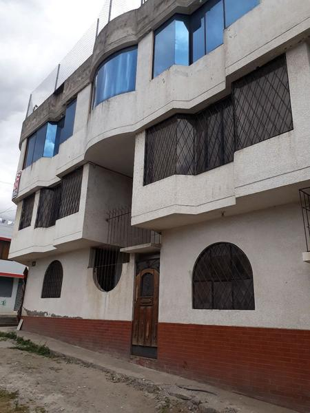 Foto Casa en Venta en  Sur de Quito,  Quito  Casa Sur de Quito (Ciudadela Ibarra ), con local de recepciones