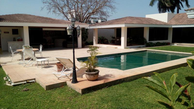 Casa de 1 Planta en Colonia Montebello