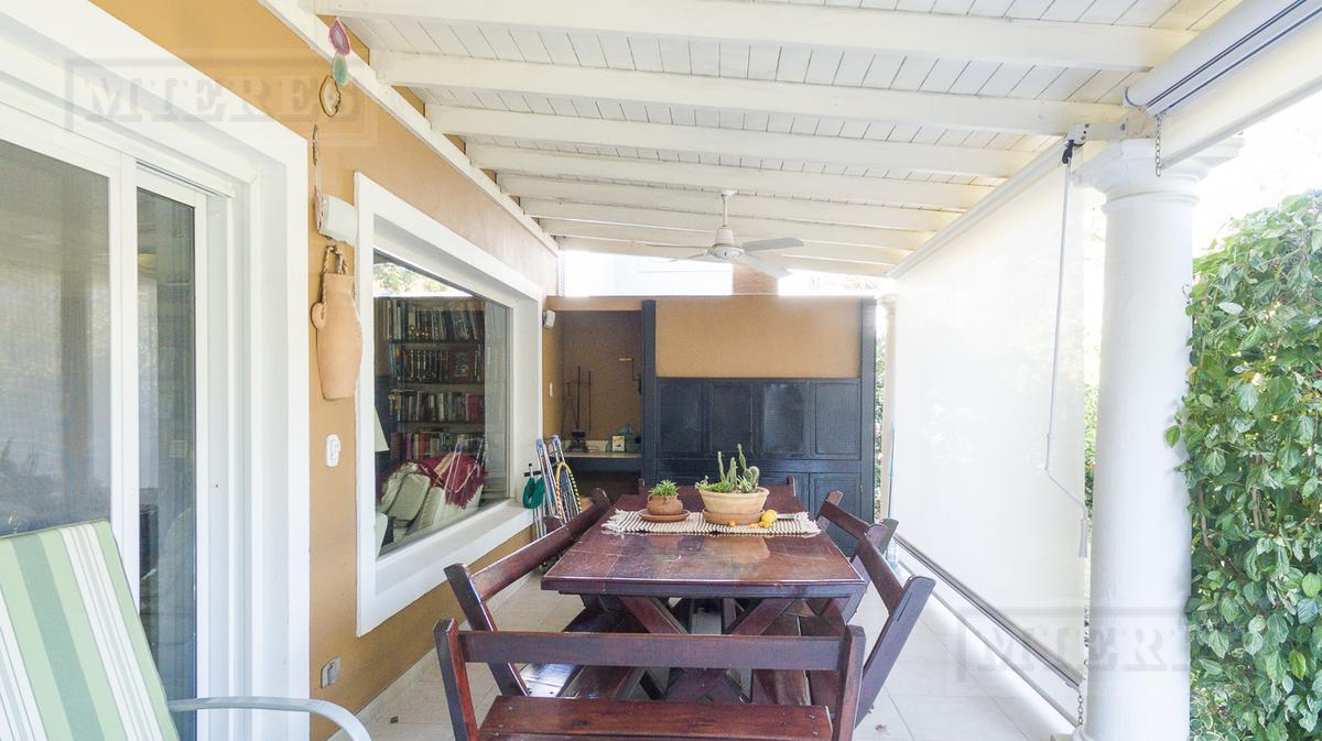 Casa en venta en Las Victorias