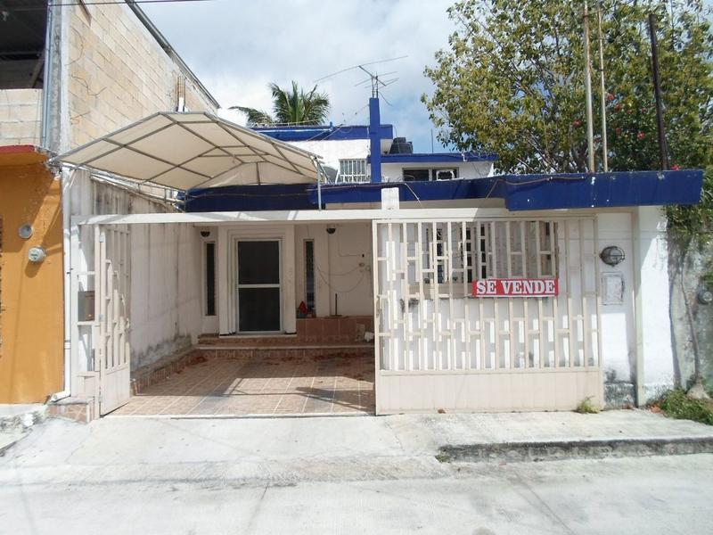 Foto Casa en Venta en  Región 95,  Cancún  Se Vende Casa en Cancun Reg 95