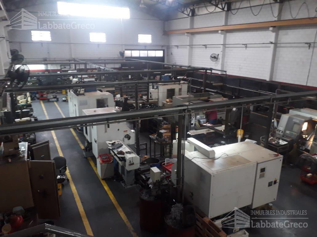 Foto Nave Industrial en Venta en  Loma Hermosa,  Tres De Febrero  Diagonal San Martin al 5800