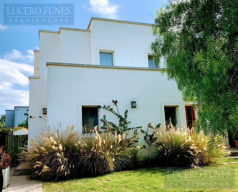 Foto Casa en Venta en  Barrancas de Santa Maria,  Countries/B.Cerrado (Tigre)  Barrancas de Santa Maria