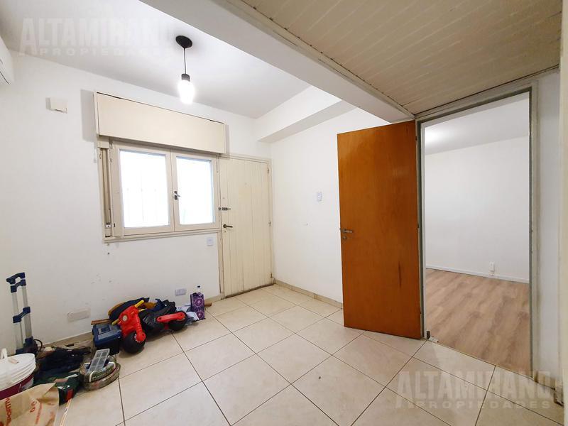 Foto PH en Venta en  Villa Ballester,  General San Martin  Catamarca al 4500