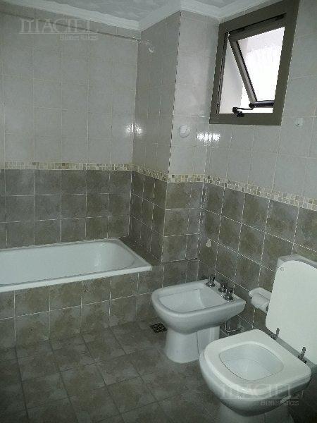 Foto Departamento en Venta en  Nueva Cordoba,  Capital  Nueva Cordoba, Rondeau 200, 5º Frente, 2 dorm, terraza, imperdible!