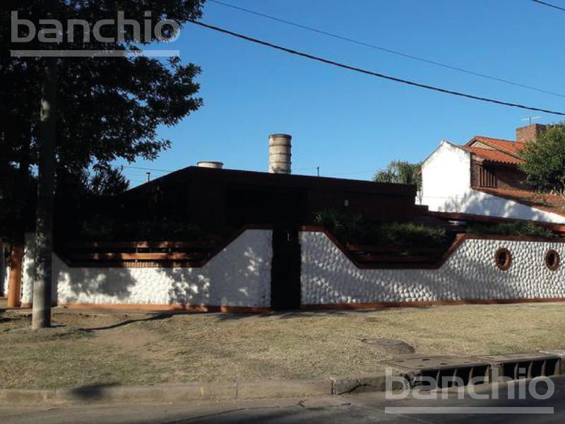 Navarro al 7800, Rosario, Santa Fe. Venta de Casas - Banchio Propiedades. Inmobiliaria en Rosario