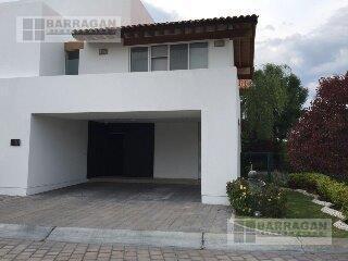 Foto Casa en Renta en  Fraccionamiento El Campanario,  Querétaro  CASA EN RENTA LOMAS DEL CAMPANARIO III