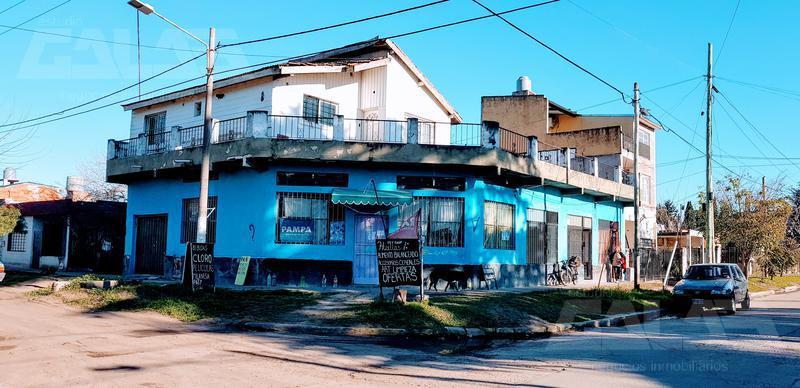 Foto PH en Venta en  Ituzaingó ,  G.B.A. Zona Oeste  Pacheco Esquina Villegas