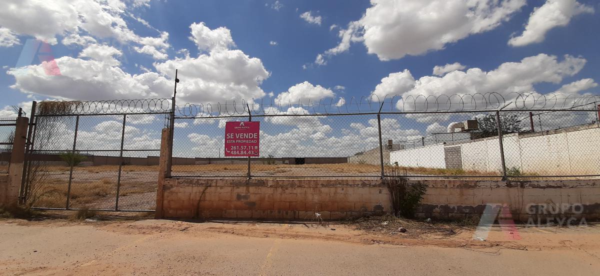 Foto Terreno en Renta en  Fundadores,  Chihuahua  AV. LOMBARDO TOLEDANO MANZANA 35