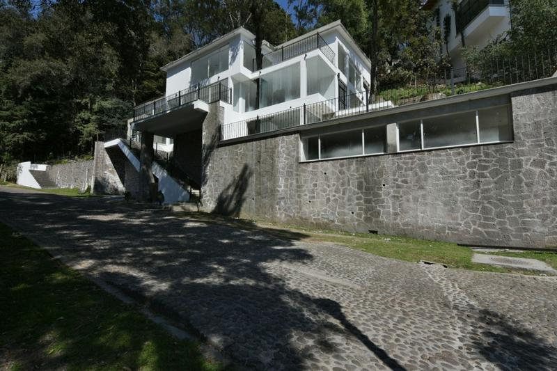 Foto Casa en Venta en  Ocoyoacac ,  Edo. de México  MAGNIFICA RESIDENCIA EN EX HACIENDA SAN MARTIN