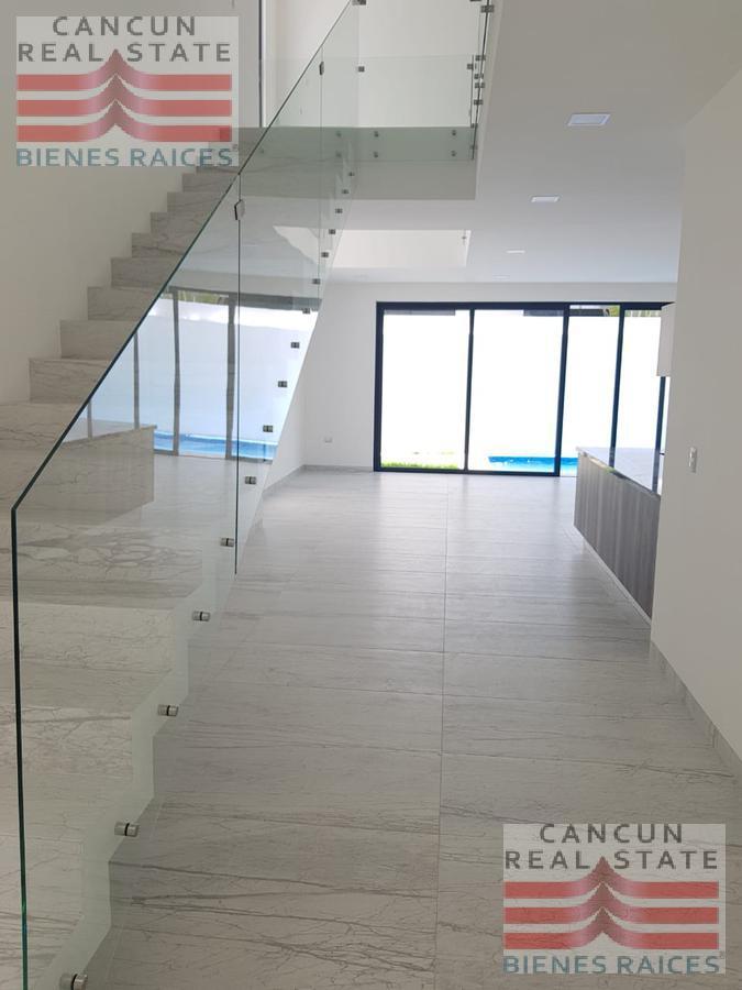 Foto Casa en Renta en  Residencial Cumbres,  Cancún          Renta casa Cumbres