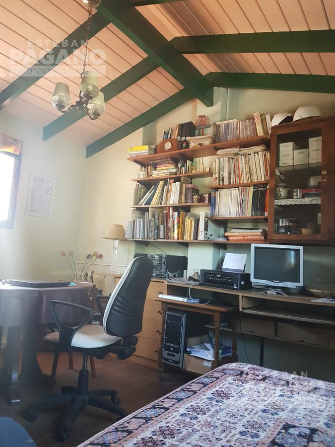 Foto Casa en Venta en  City Bell,  La Plata          477 e camino belgrano y 20