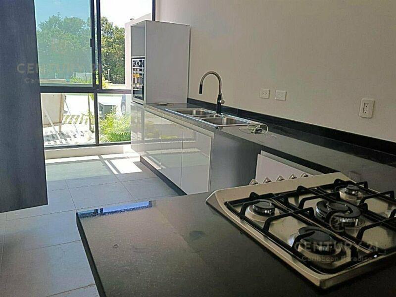 Aqua Casa for Venta scene image 3