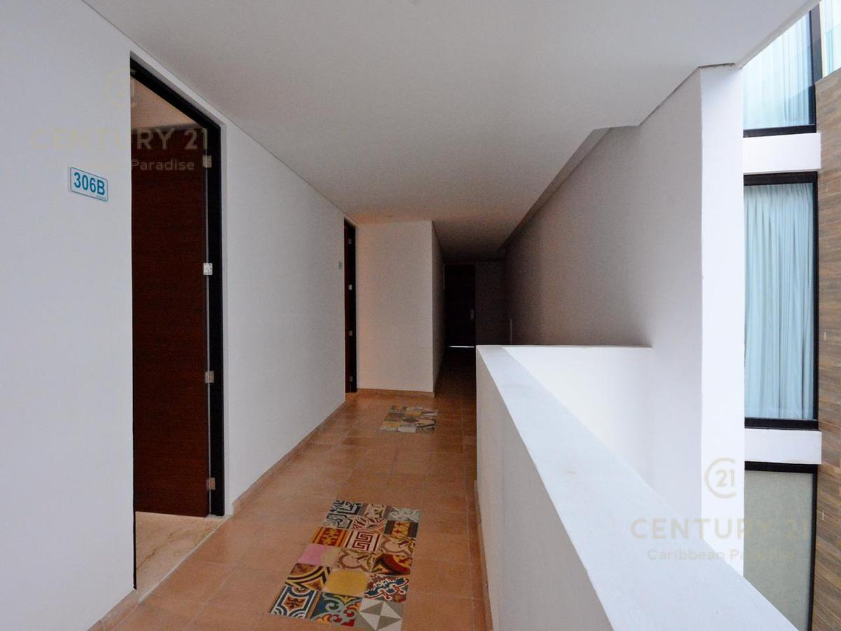 Playa del Carmen Apartment for Sale scene image 22