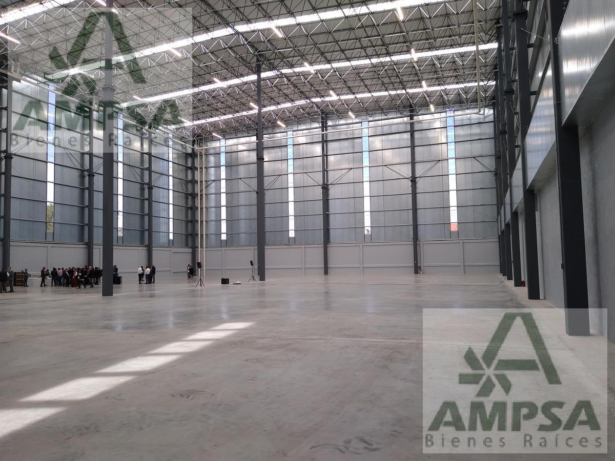Foto Bodega Industrial en Renta |  en  Industrial Alce Blanco,  Naucalpan de Juárez  Negra Modelo Bodega Industrial en Renta