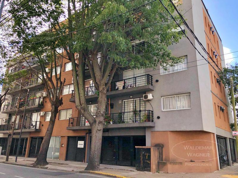 Foto Departamento en Venta en  S.Fer.-Vias/Centro,  San Fernando  Perón 1190  2° G