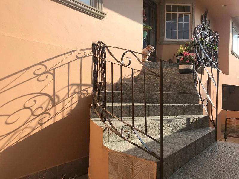 Foto Casa en Venta en  Hacienda de las Palmas,  Huixquilucan  Casa en venta en Hda. de las Palmas en calle cerrada, Huixquilucan