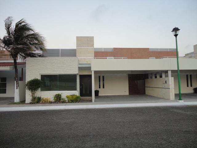 Foto Casa en Renta en  Coatzacoalcos,  Coatzacoalcos  AV. LAS PALMAS 79 FRACC. ARBOLEDAS