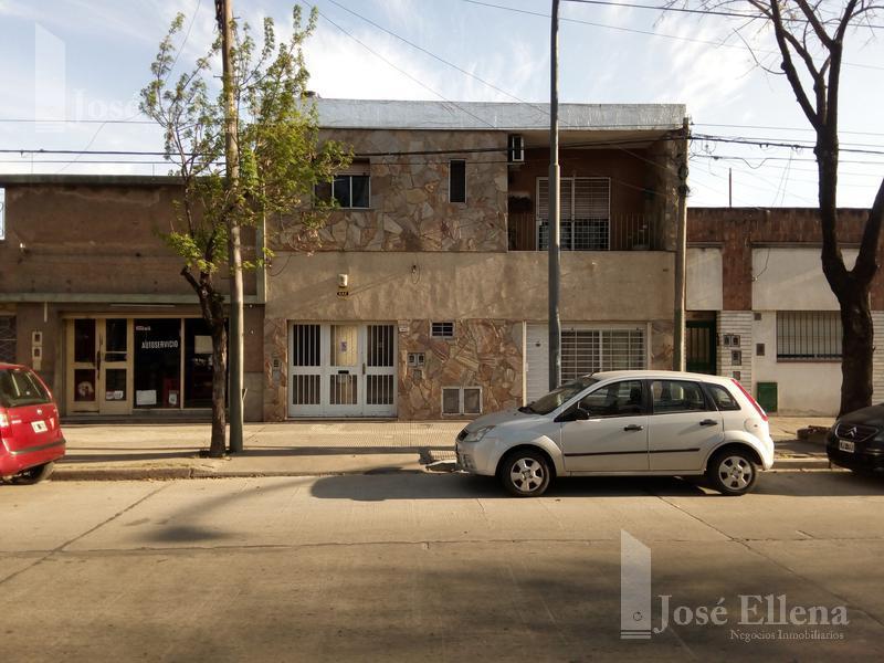 Foto Casa en Venta en  Rosario ,  Santa Fe  BV. SEGUI al 1800