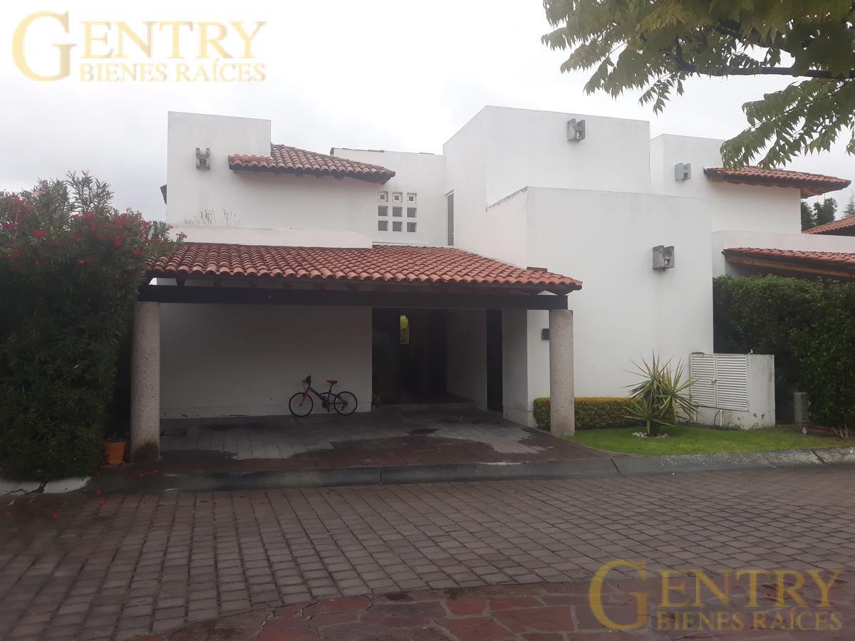 Foto Casa en Venta en  Lomas del Campanario,  Querétaro  Casa en Remate, el Mejor Precio de Lomas del Campanario
