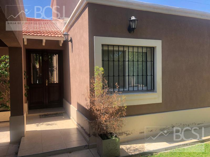Foto Casa en Venta en  Capital ,  San Juan  Manuel Godoy al 2100