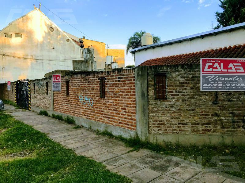 Foto Casa en Venta en  Ituzaingó Norte,  Ituzaingó  Florida al 1700