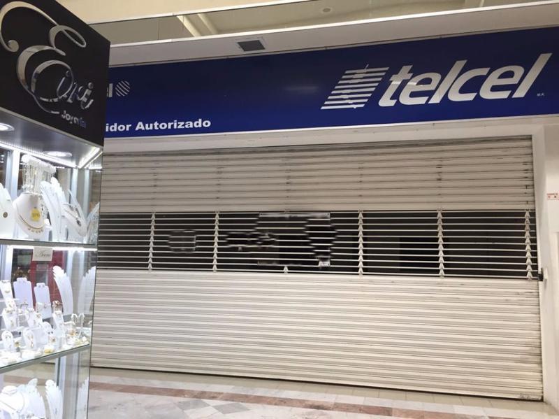 Foto Local en Renta en  El Naranjal,  Tampico  ELO-373-2 CENTRO COMERCIAL TRES ARCOS LOCAL A-10 TAMPICO TAM.
