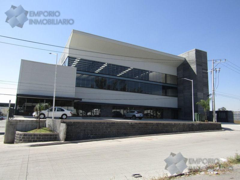 Foto Bodega Industrial en Renta en  Pueblo Toluquilla,  Tlaquepaque  Bodega Renta Periférico Sur Y 8 de Julio $72,520 Edugon E1