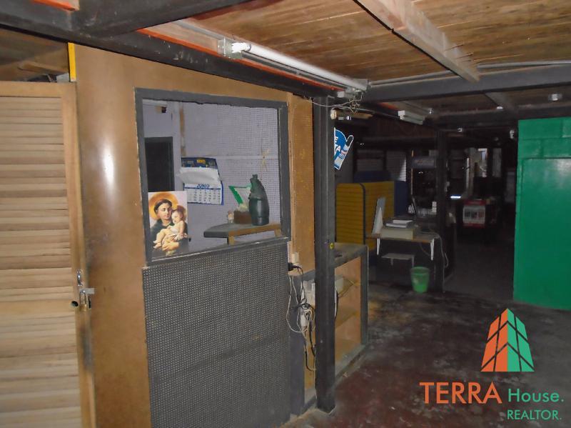 Foto Local en Venta en  San Antonio,  Escazu  SE ALQUILA O SE VENDE LOCAL COMERCIAL IDEAL PARA FERRETERIA.