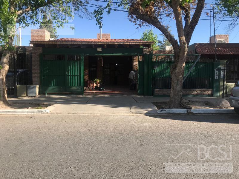 Foto Casa en Venta en  Rivadavia ,  San Juan  Arturo Illia Nº al 2800