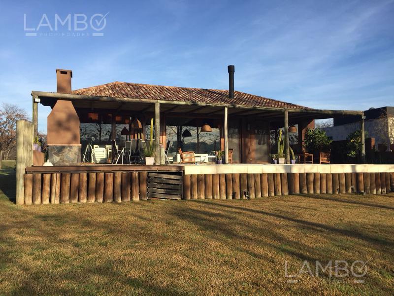 Foto Casa en Venta | Alquiler en  Estancias Del Pilar,  Countries/B.Cerrado (Pilar)  Pilar