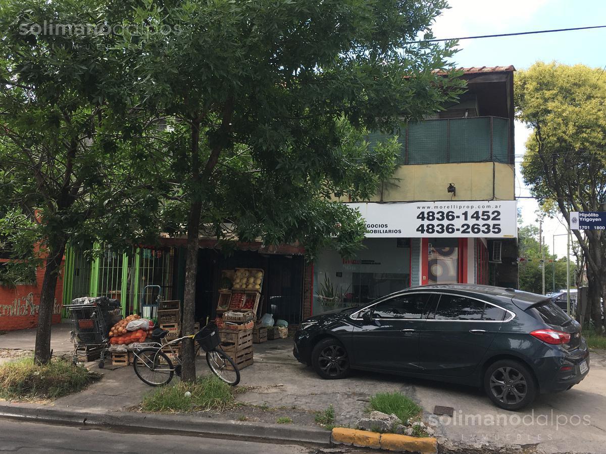 Foto Local en Venta en  Mart.-Fleming/Panam.,  Martinez  Hipolito Yrigoyen al 1700