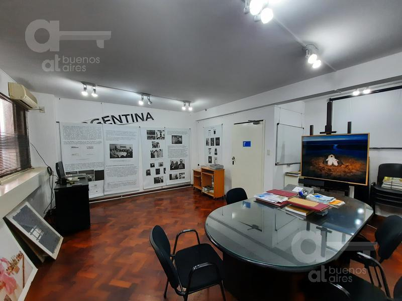 Foto Oficina en Venta en  Retiro,  Centro (Capital Federal)  Suipacha y Av. Santa Fe