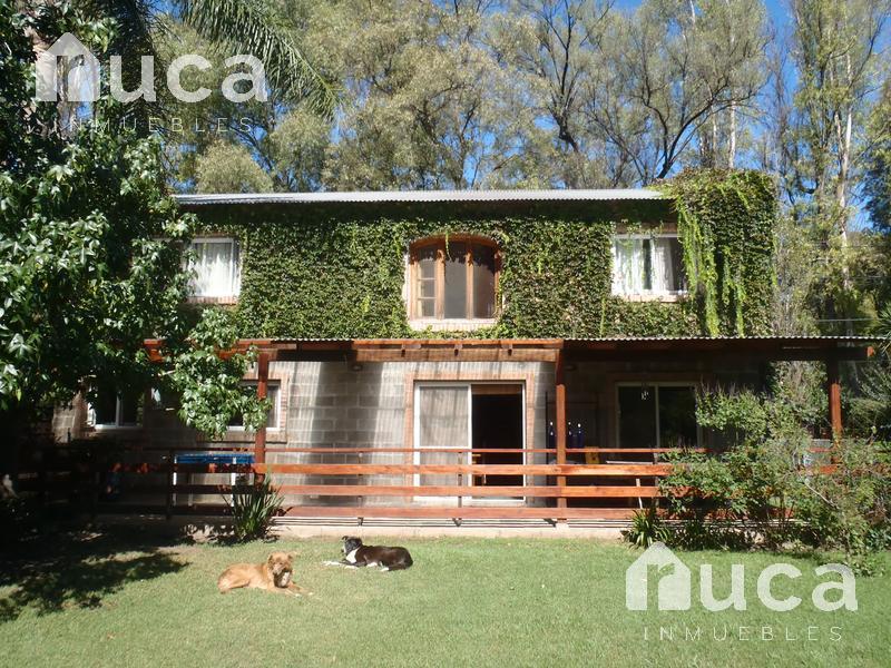 Foto Casa en Venta en  Benavidez,  Tigre  VENTA/ALQ VERANO |  6 Amb | CASA c/Jardin y DEPTO Huespedes | Mendoza 3200